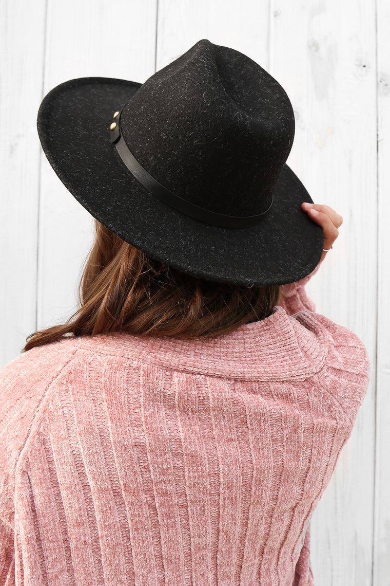 dusk fedora in black