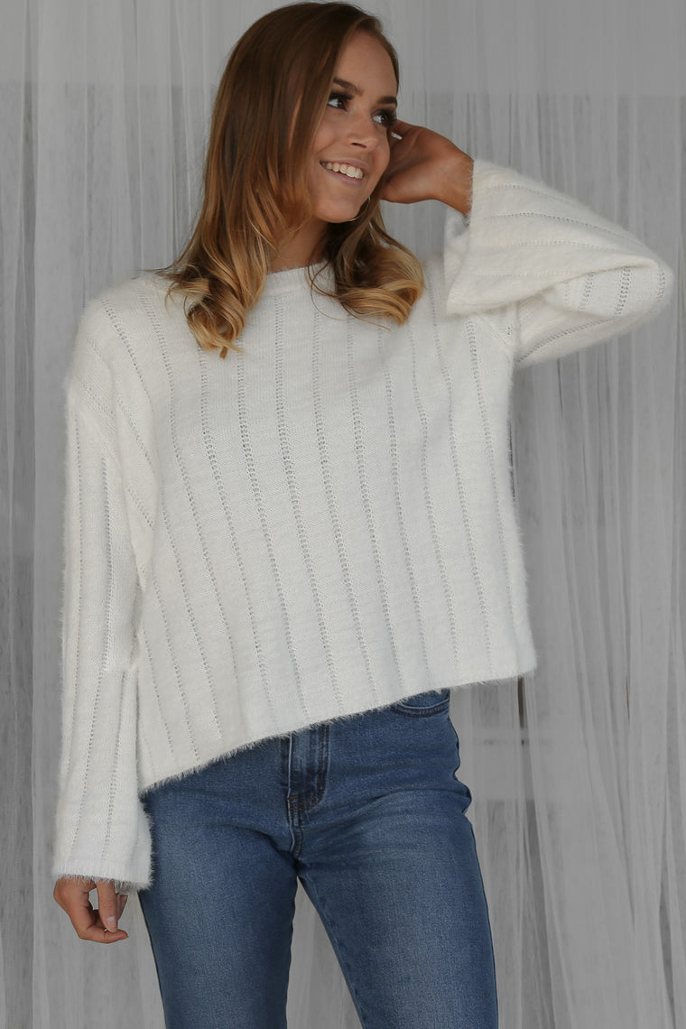 mastery knit jumper in white