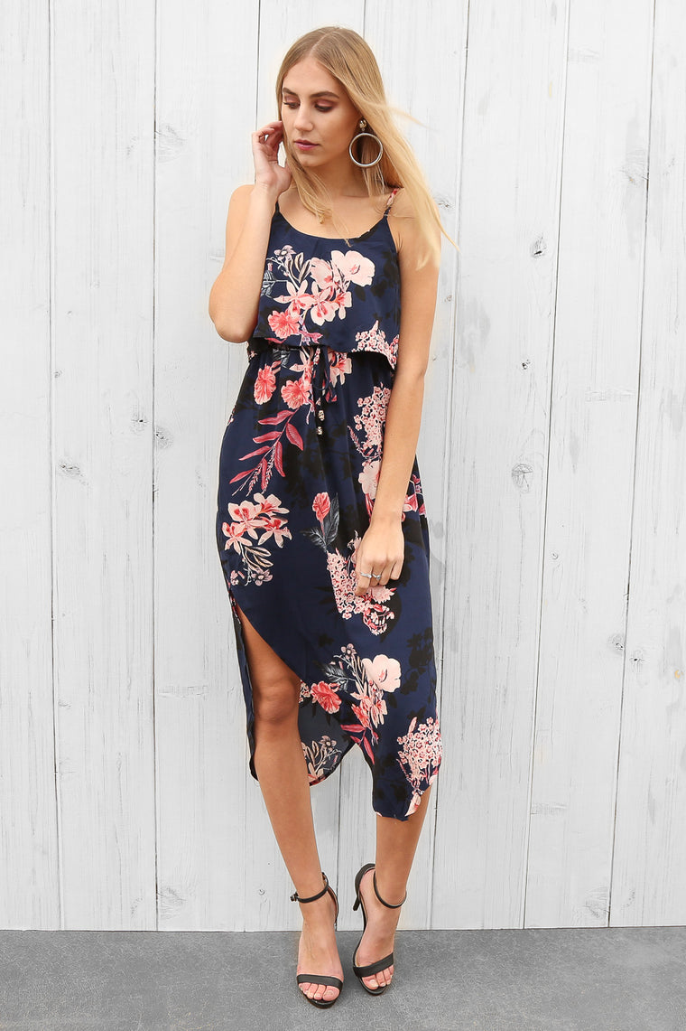lassy dress in navy floral