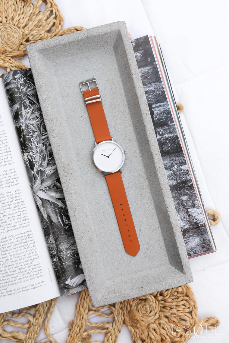 deondane silver watch in tan