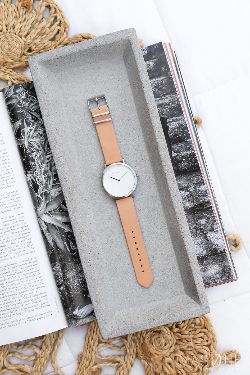 deondane silver watch in nude