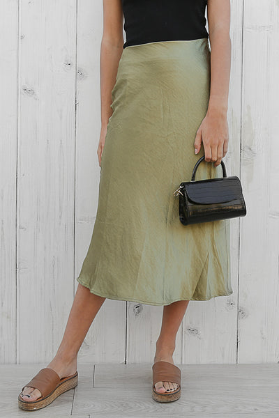 latte midi skirt in khaki