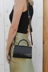 larsa clutch in black