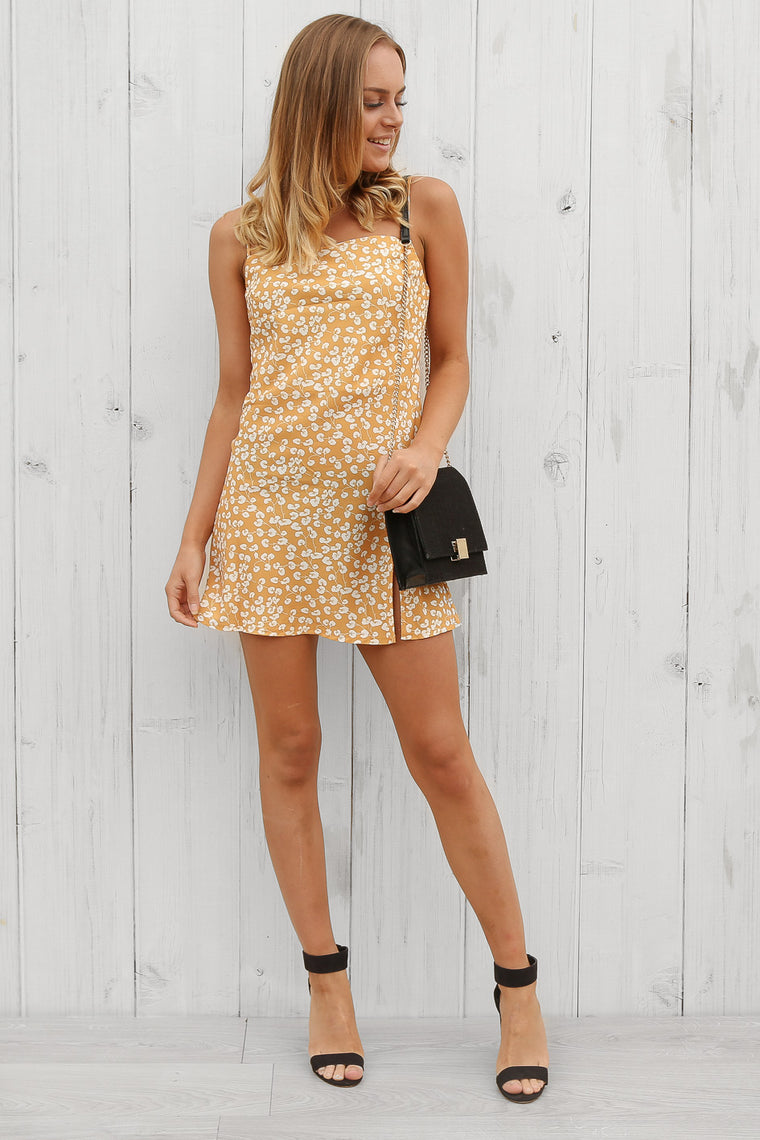 fields dress in mustard