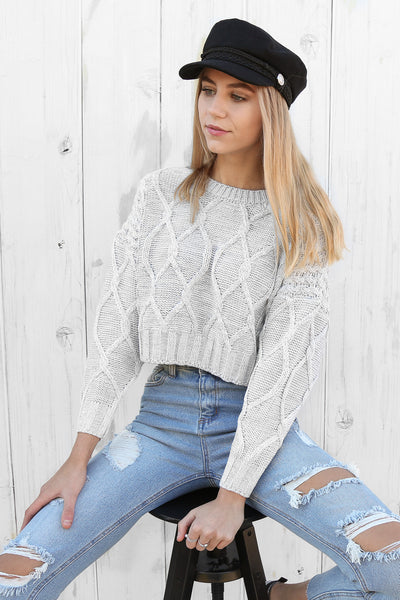 sky cropped knit in grey