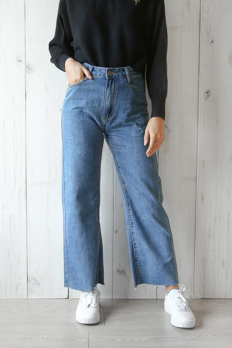 kelly vintage wide leg jeans in blue