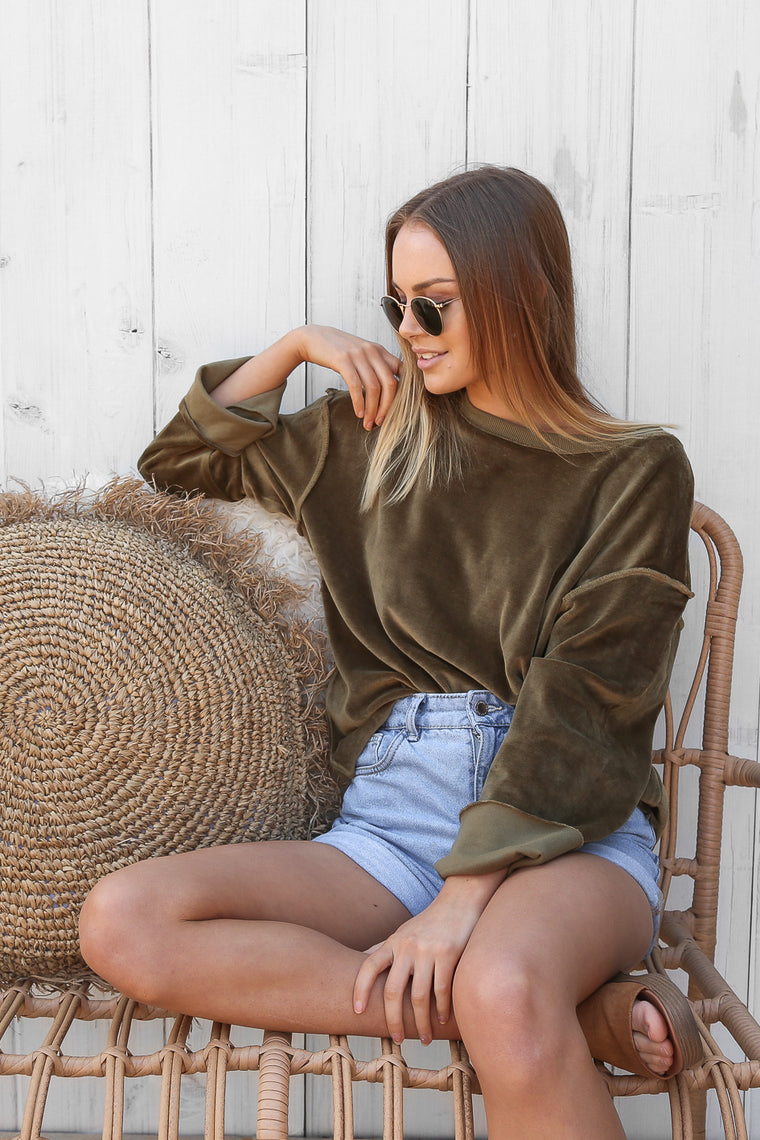 ariana jumper in khaki