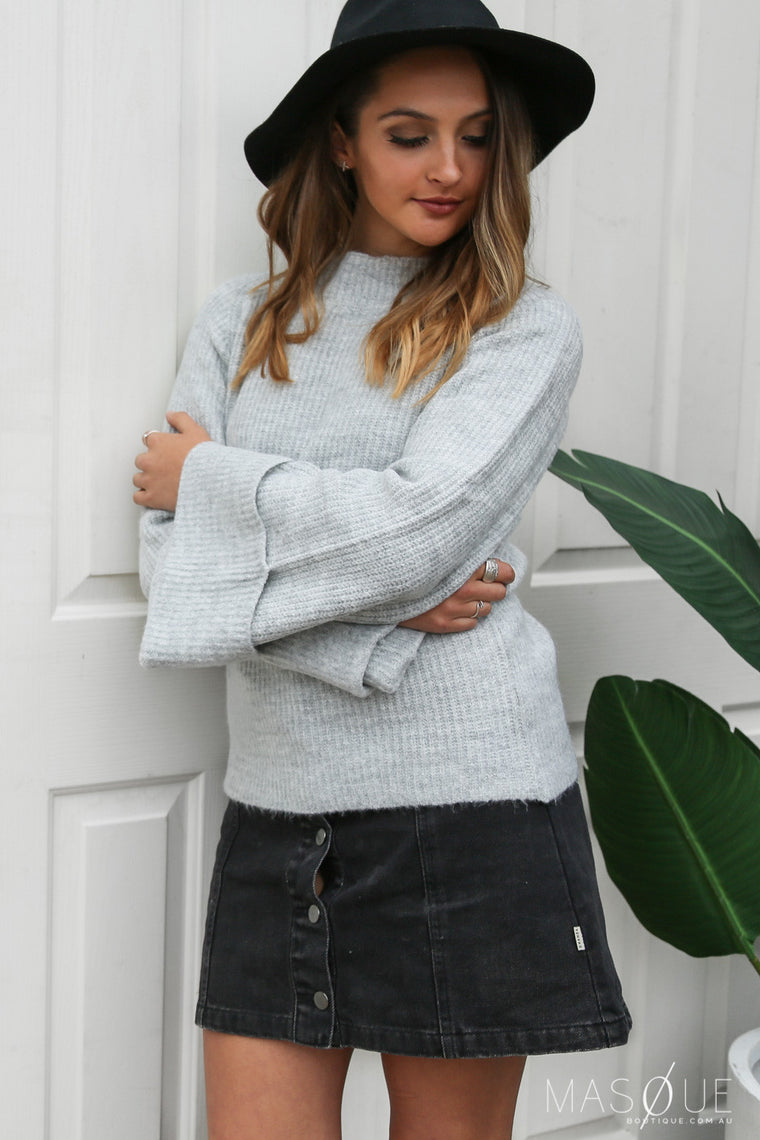 alpine bell sleeve knit in grey