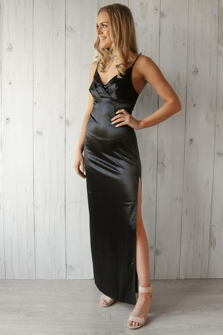 ariel maxi dress in black