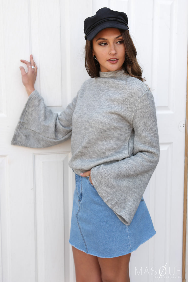 brood bell sleeve knit in grey