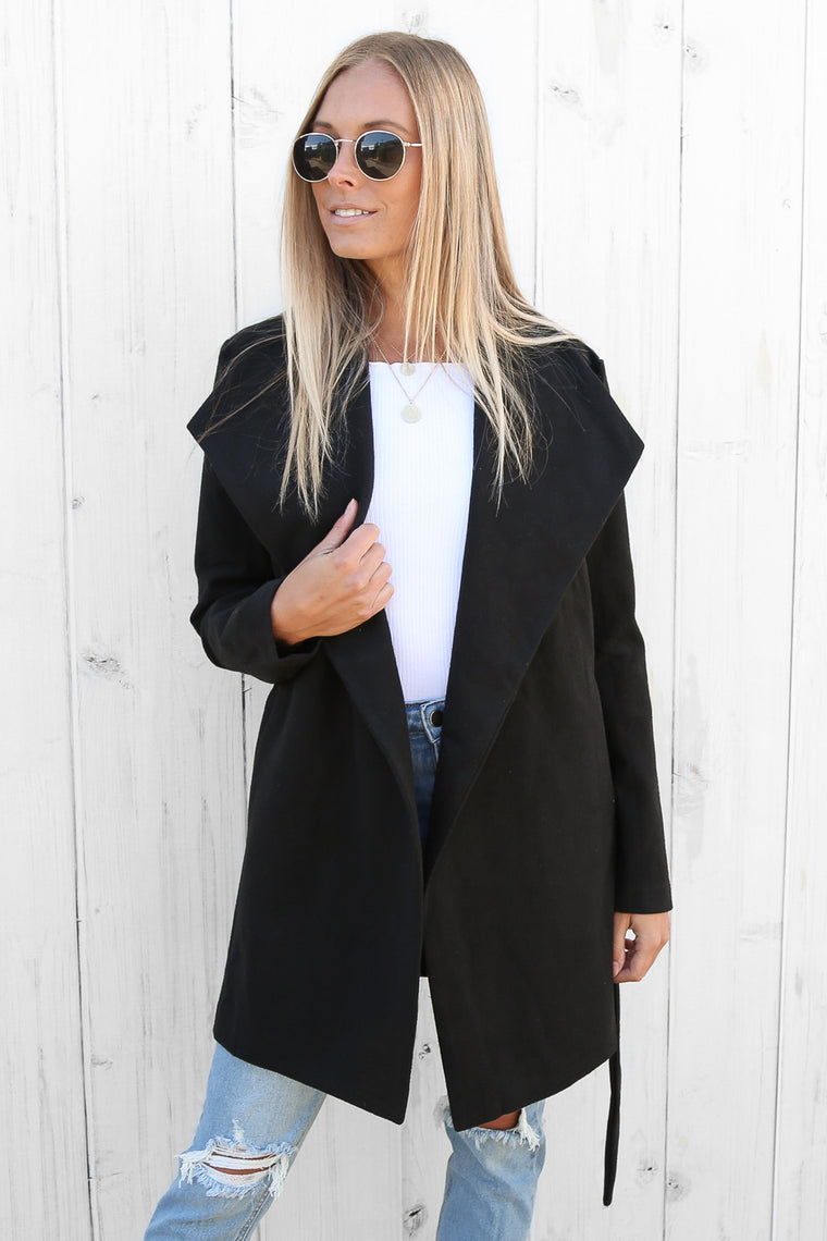 delilah coat in black
