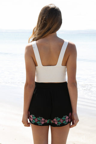 SALE - senorita shorts in black