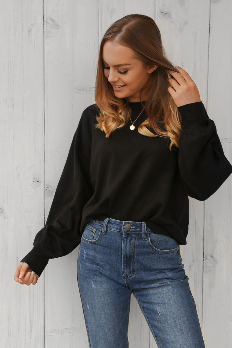 molly basic knit sweater in black
