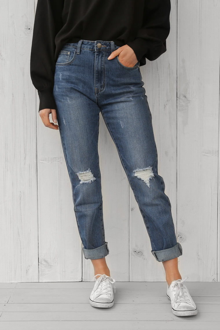 tammy jeans in distressed blue