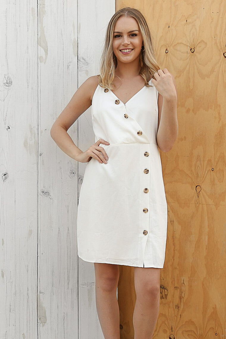 angle button dress in white