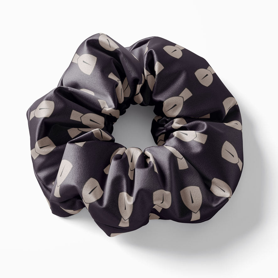 Black Cycladic scrunchie