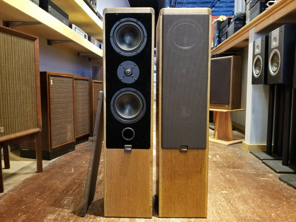 Canton Ergo 70 Floor-Standing Speakers - Oak Finish