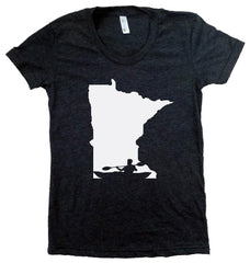 Kayak Minnesota T-Shirt - Women's Fitted