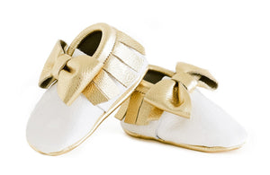 Goldie Mocc Bow Moccasins