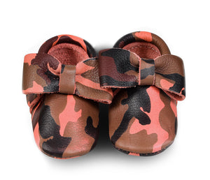 Pink Camo Bow Moccasins