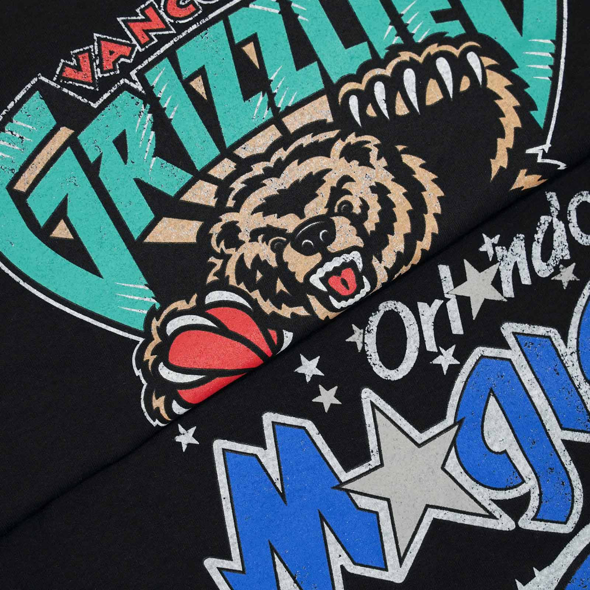 Vancouver Grizzlies Distressed Logo Tee - Black