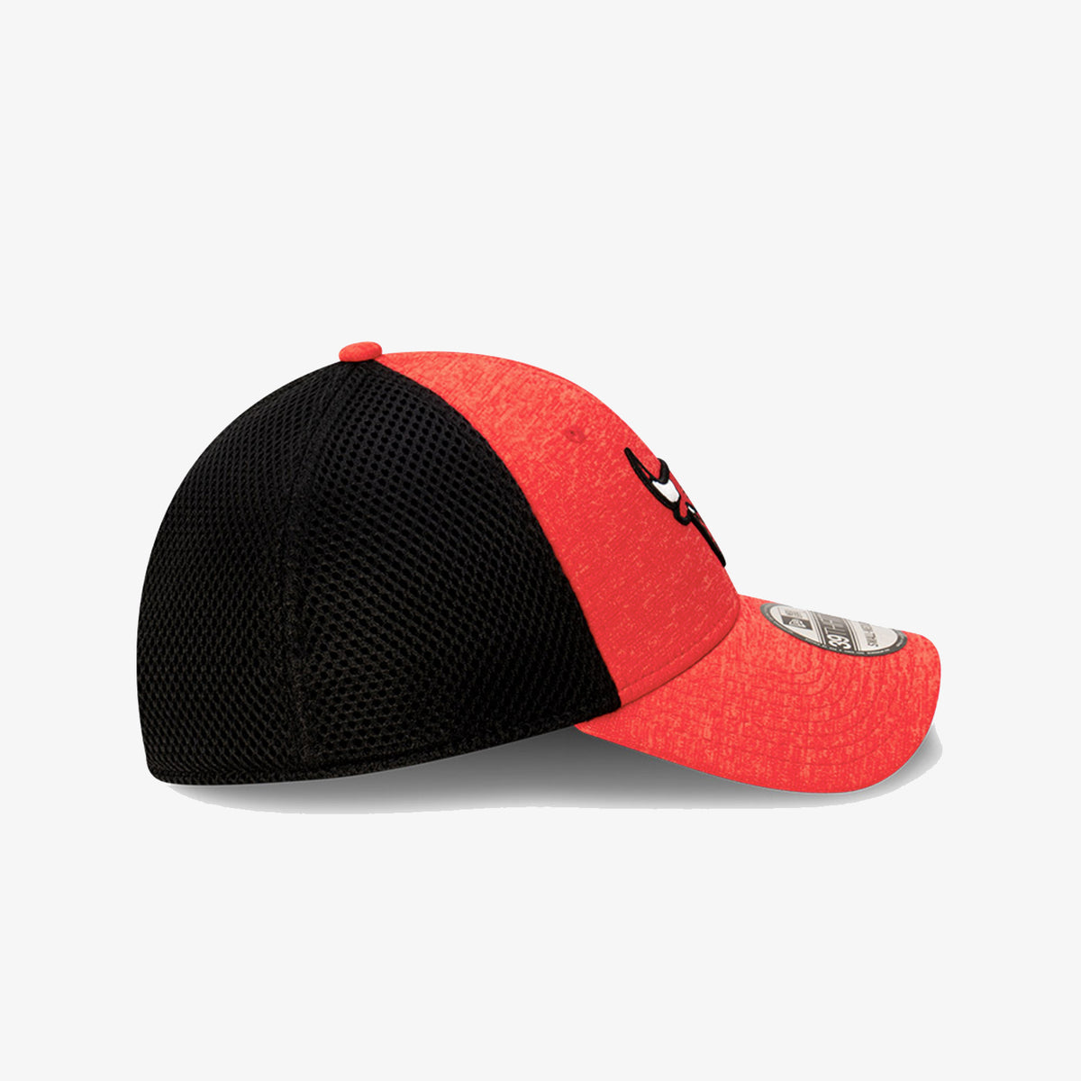 Chicago Bulls 3930 Shadow Spacer Cap - Red/Black