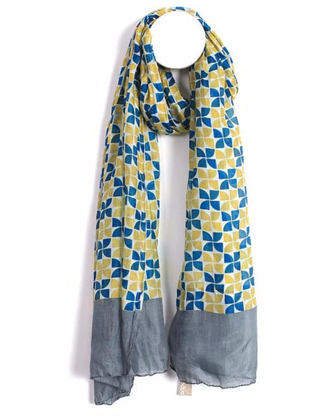 Plaza Women's Scarf - Harrison & Co - Lifestyle & Design