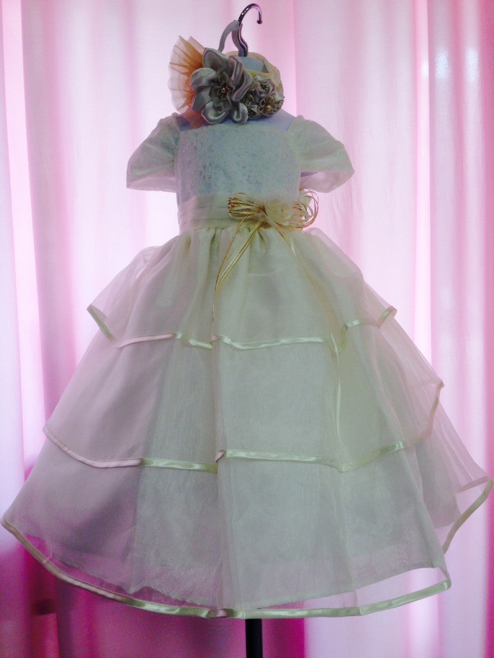 Girl Organza dress with Sateen