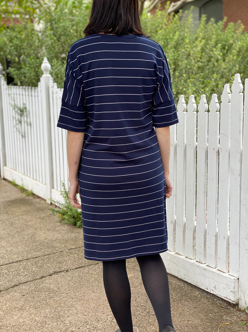 Elbow Jersey Dress - Navy/White