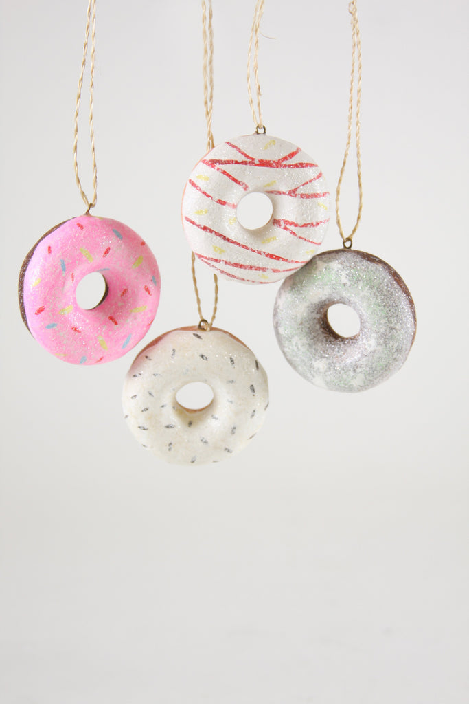 TINY DOUGHNUT ORNAMENT