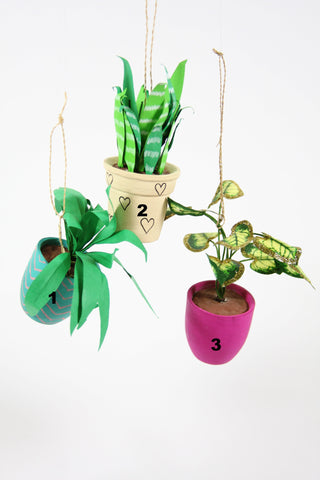 HOUSEPLANT ORNAMENT