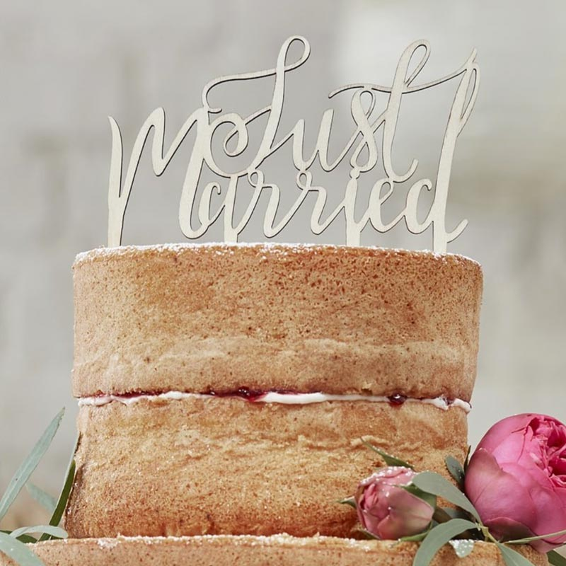 "Cake Topper ""Just Married"" aus Holz. Ginger Ray."