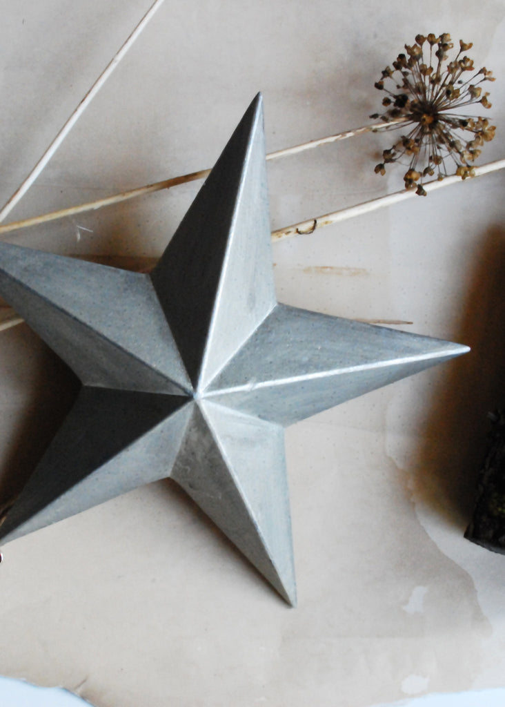 Wooden Silver Star - Montys Vintage Shop - 2