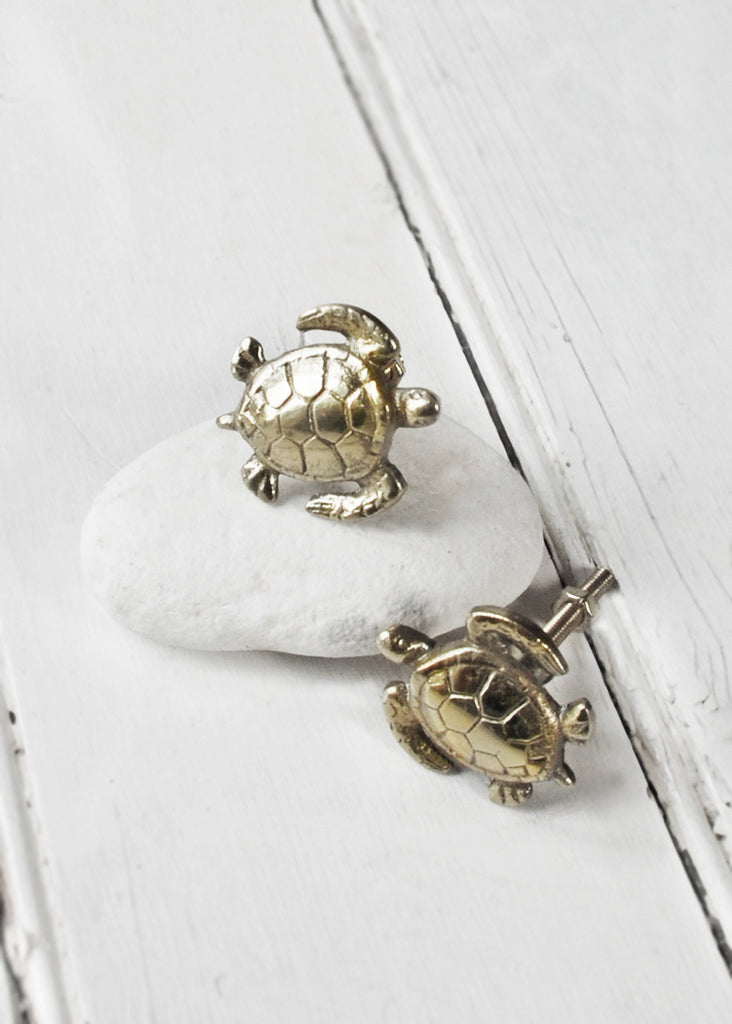 Turtle Cupboard Knobs - Montys Vintage Shop - 1