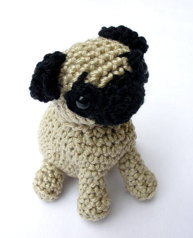 Pug amigurumi dog crochet pattern