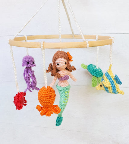 Under the sea baby mobile crochet pattern, Mermaid and sea creatures nursery mobile