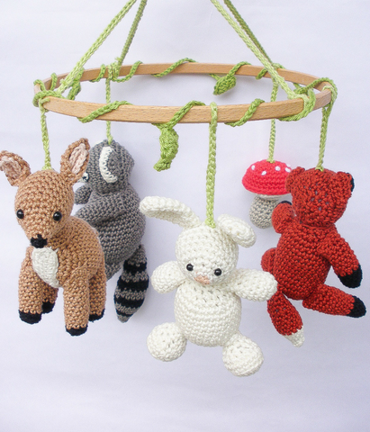 Woodland baby mobile