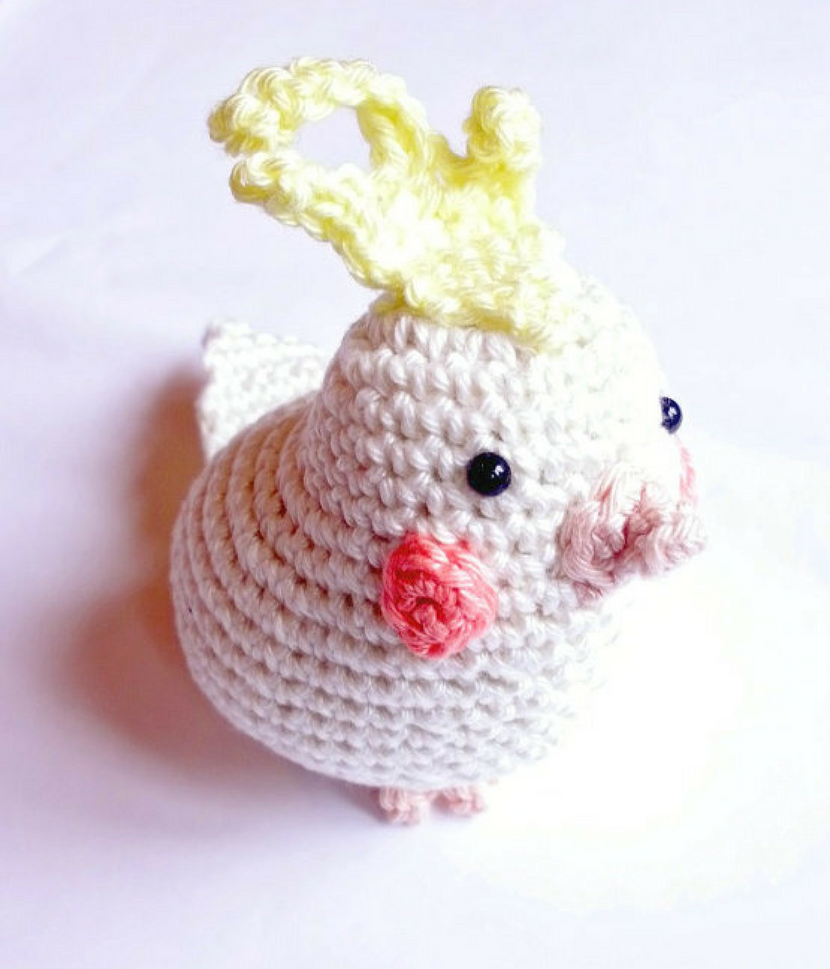 Cockatiel crochet stuffed animal - Crochet on a tree