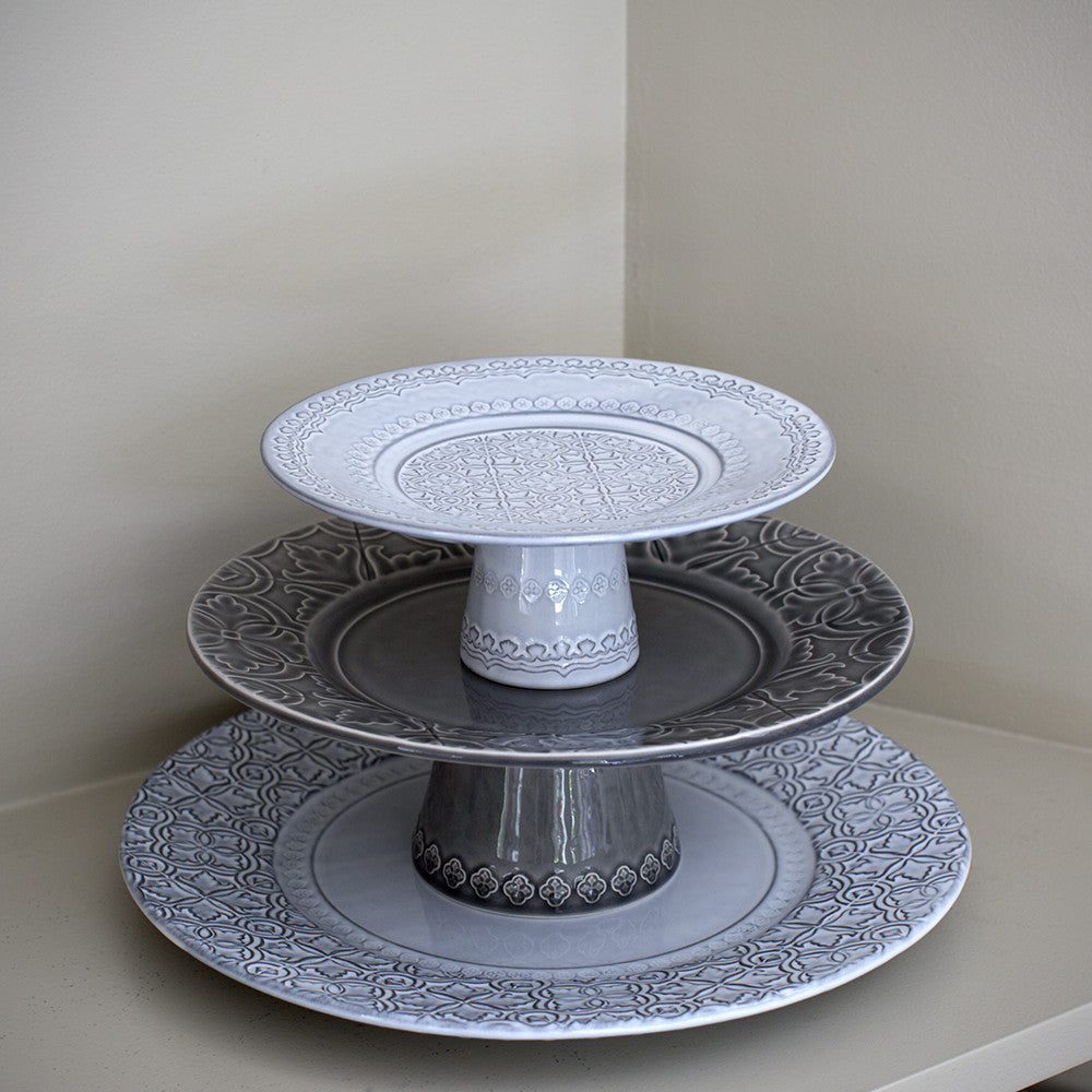 Verde cake stand