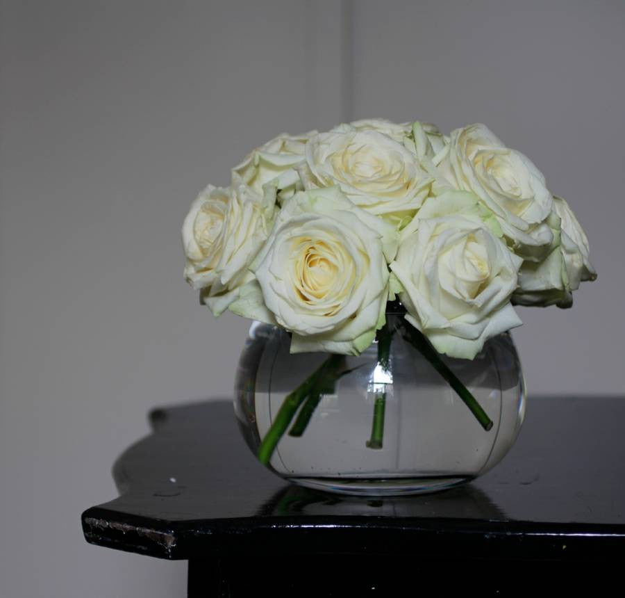 Glass rose bowl vase