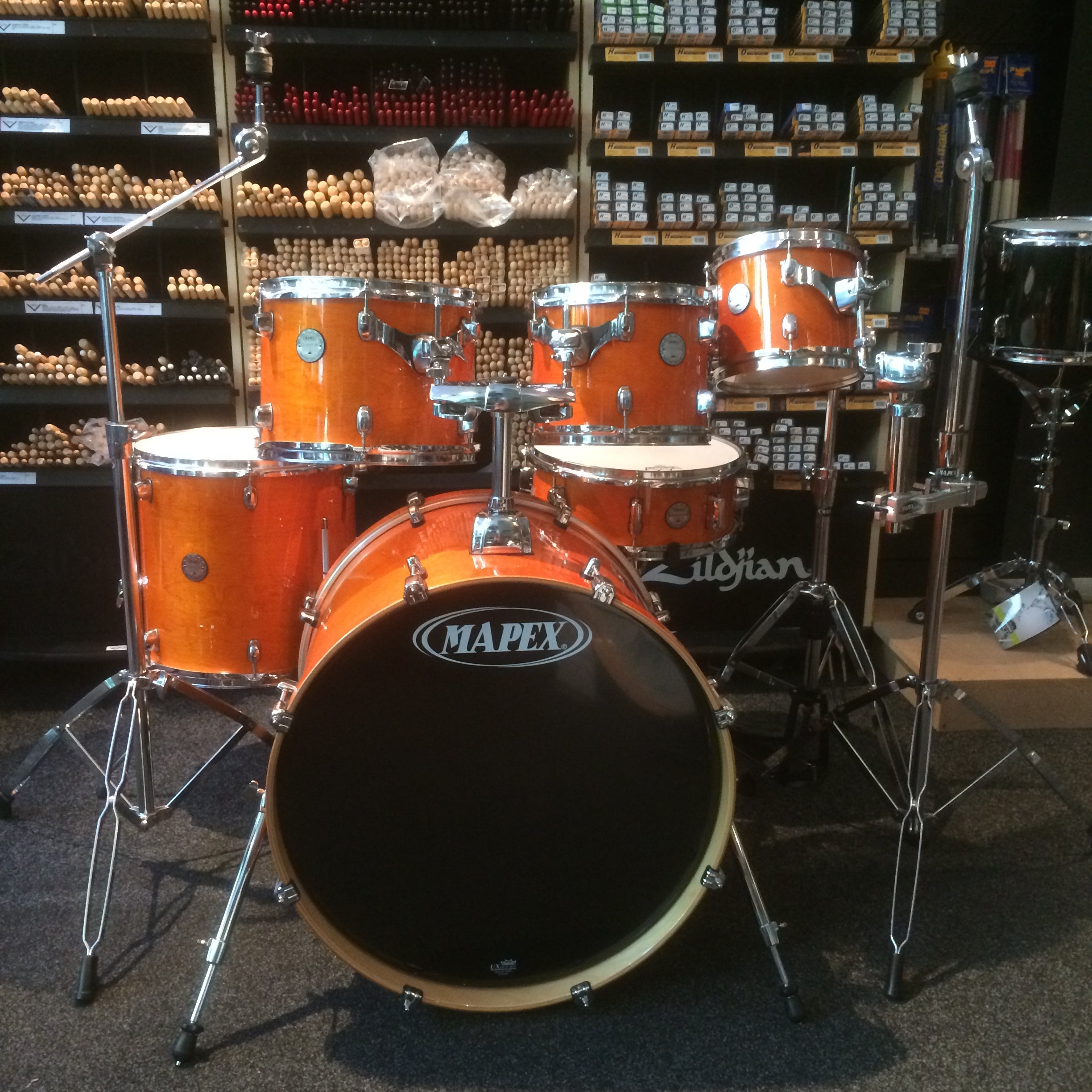 Mapex Orange drum kit