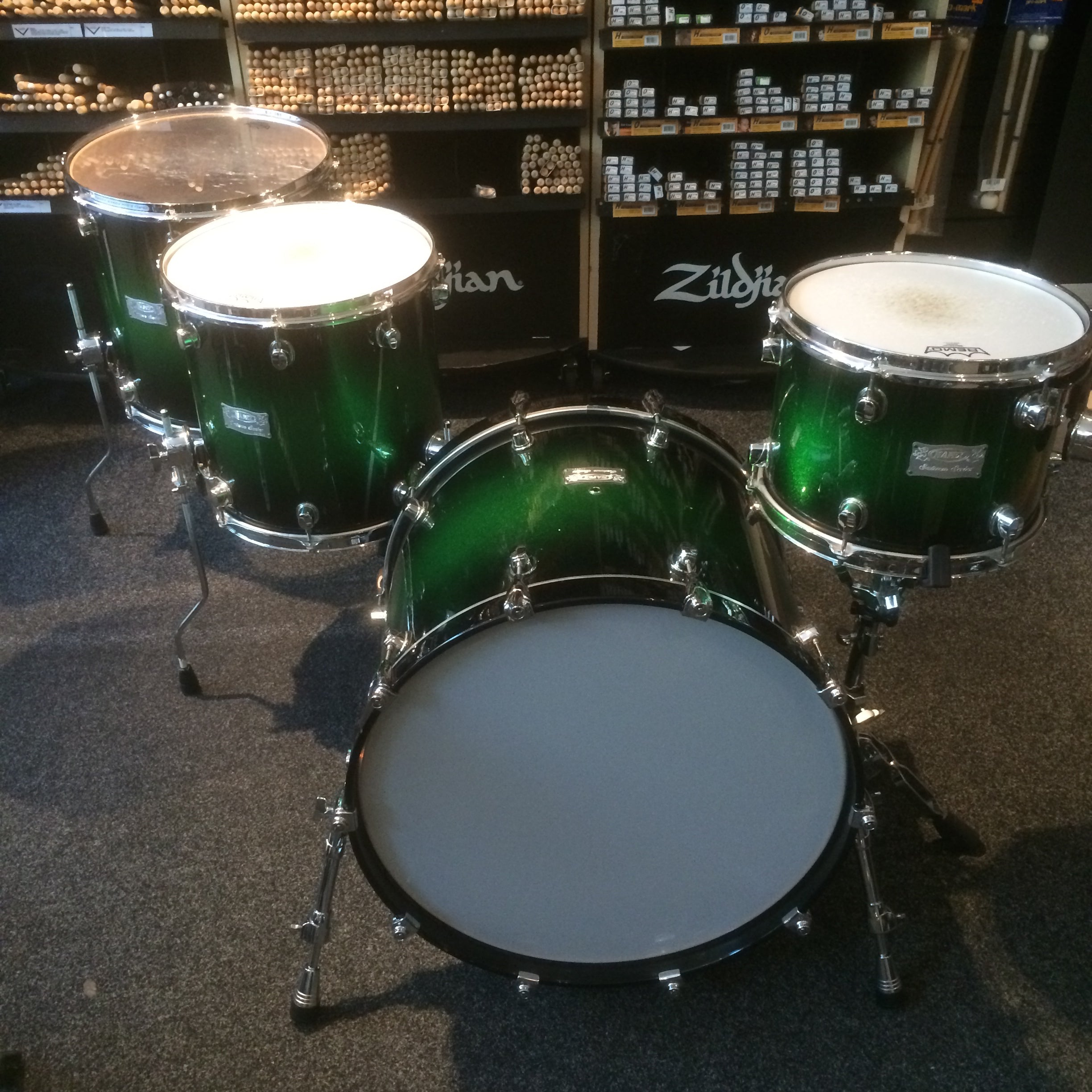 Mapex Saturn shell pack in Green Apple Sparkle Burst