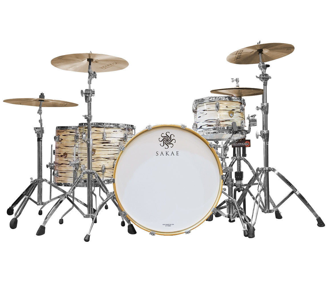 Sakae Trilogy drum kit in Mint Oyster Pearl