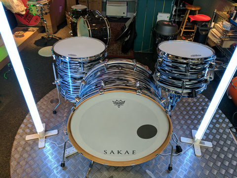 "SAKAE TRILOGY 3-PIECE 24"" SHELL PACK IN BLACK OYSTER PEARL"
