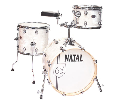 Natal Arcadia The '65 Jazz Shell Pack in White Oyster (Includes Cowbell & Evans Drum Heads)