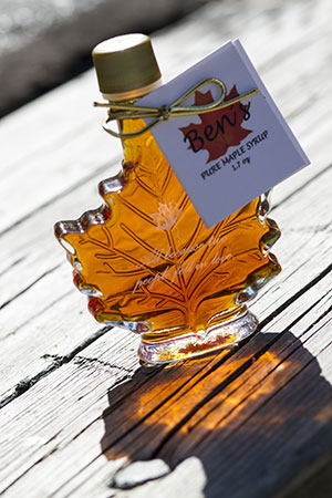Customized Maple Wedding Favors