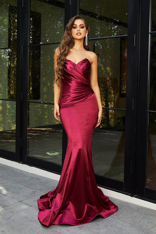 Portia & Scarlett Brielle Gown PS21279 | Red Trumpet Prom Dress