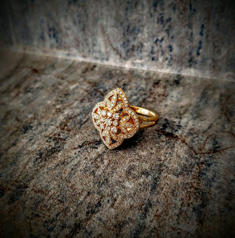 EFFY 14kt Yellow Gold Diamond Floral Ring Size 7