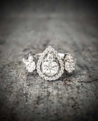 Traveling Trunk Show 18K Diamond Fashion Ring