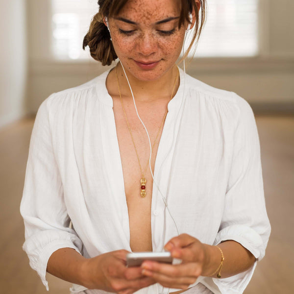 Courage & Positivity Necklace + Silatha Meditation Journey (App)